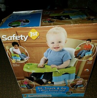 Safety 1st Deluxe Sit, Snack, and Go Convertible Booster Seat -