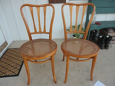 Bentwood Antique Ice Cream Parlor Chairs Pair Non-Matching