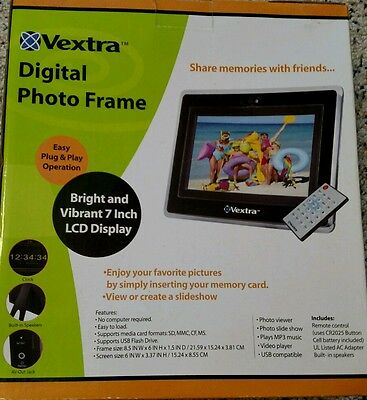 New Vextra Digital Photo Frame 7 Inch LCD Display With Remote