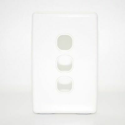 3 Gang Clipsal Style Wallplate - C2000