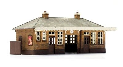 STATION BOOKING HALL w-Awning 133x83x56mm OO HO 1/87 scale Model kit DAPOL C014