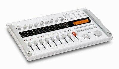 Zoom R16 Multitrack Digital Recorder/Interface/Controller