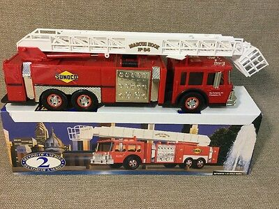 SUNOCO AREAL TOWER FIRE TRUCK  - 1995 COLLECTORS'S EDITION Second of a series