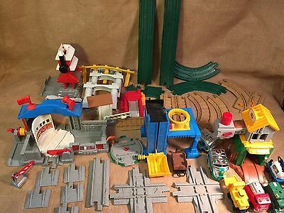 40 Piece Lot Fisher Price Geo Trax Train Cars Tracks Buildings Fire Station