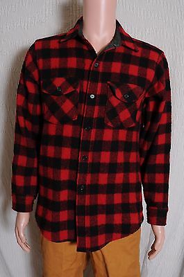 Vintage '60s Woolrich buffalo plaid red and black wool hunting shirt M USA