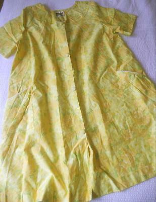 Vintage 1960's Clipper Ladies Cotton Summer Brunch Coat Gown Yellow Floral W