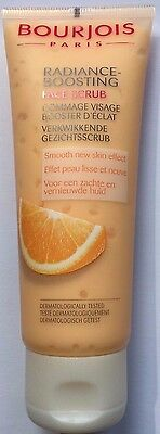Bourjois Radiance Boosting Face Scrub 75ml