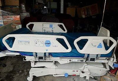 Hill-Rom Total Care P1900 Hospital Bed with Comfort Foam Mattress P1900C001668