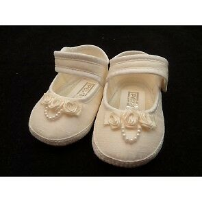 Pex Gift Shoes Size 2 ( 6-12 Months)
