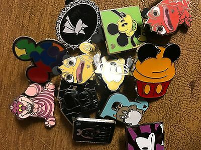 DISNEY PINS 30 pin MIXED LOT FREE SHIPPING GET YOUR TRADE ON
