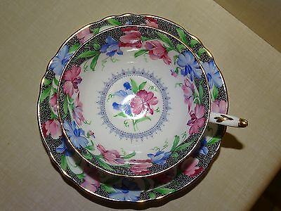 Vintage PARAGON SWEET PEA Fine Bone China CUP AND SAUCER SET,  ENGLAND