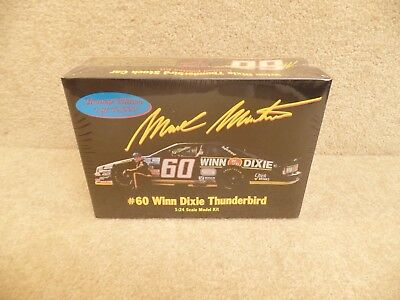 New 1994 Monogram 1:24 Scale Model Kit Mark Martin Winn Dixie Ford Thunderbird