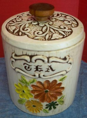Vtg Treasure Craft Ceramic Tea Canister Sculpted Flowers Wood Look White USA