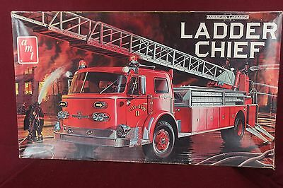 Vintage AMT Ladder Chief Fire Truck Model Kit 1/25 MIB (Complete)  1000 Series