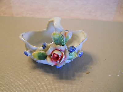 Made In Occupied Japan Small Porcelain Long Bowl W/handle And Flowers