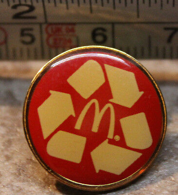 McDonalds Recycle Reduce Reuse Red Employee Collectible Pinback Pin Button