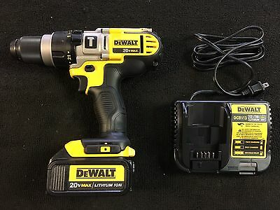 """Dewalt DCD985 1/2"""" Hammer Drill With Battery And Charger"""
