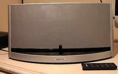 BOSE SOUNDDOCK 10 Digital Music System W/ Bluetooth EXCELLENT Condition  remote