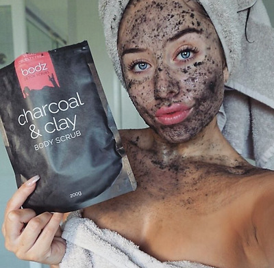 ORGANIC,NATURAL,VEGAN, CRUELTY FREE Activated Charcoal & Clay Body Scrub 200g