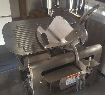 """Globe 2875V Variable Speed Automatic Meat Slicer  12"""" Blade"""