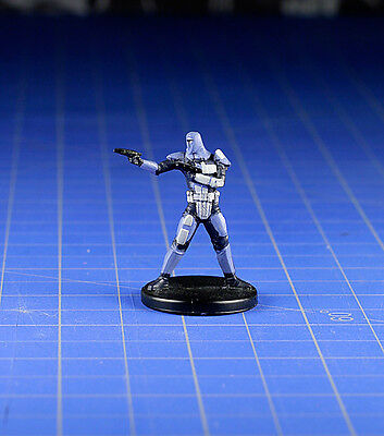 Star Wars miniatures Knights of the old Republic Mandalorian Scout #60 & card