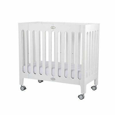 NEW Bloom Alma Mini Urban Crib/Bassinet