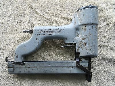 SENCO ~ Model K Narrow Crown Stapler Gun ~ WORKS GREAT ~ STRONG!