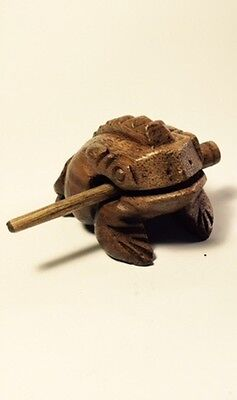"Wooden 3"" hand carved Frog wooden percussion croaking sound w/scraper Lt. Brown"