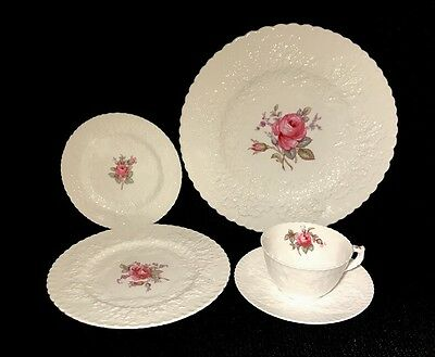 Spode Savoy Rose/ Bridal Rose 5 Pieces Plate Setting(s) Bone China England