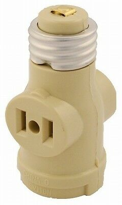 125 Volt White Adapter Socket To Outlet Leviton 002-125 660 Watt