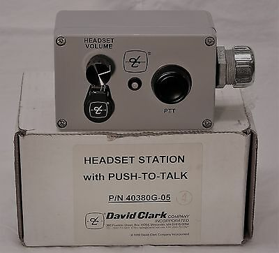 David Clark Heavy Duty Headset Station for Series 3000 Headsets