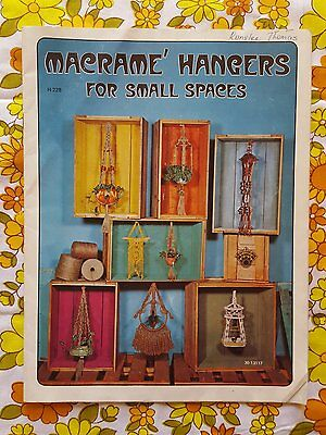 MACRAME HANGERS FOR SMAL SPACES pattern book retro vintage 1970s 1980s pot
