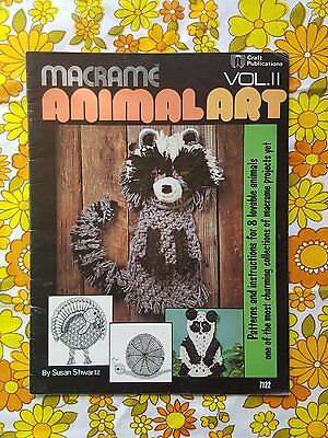 MACRAME ANIMAL ART pattern book retro vintage 1970s 1980s Susan Shwartz 7122