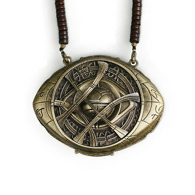 Dr Doctor Strange Necklace The Eye of Agamotto Amulet Cosplay Props Necklace New