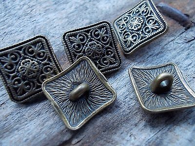 Pack of 4 metal buttons - flower design antique bronze colour 13mm with shank