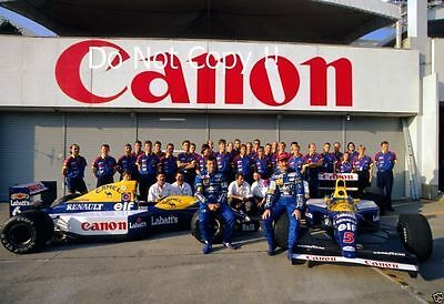 Nigel Mansell & Riccardo Patrese & Williams F1 Team Portrait 1992 Photograph 2
