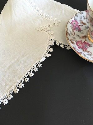 Victorian Linen Collar With Tatted Lace Trim
