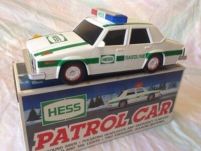 Hess Toy Trucks 1993 Patrol Car First Responder New in the BOX!