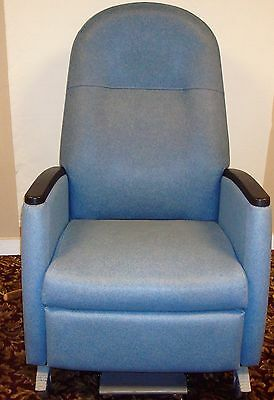 La-Z-Boy Medical Dialysis Patient Recliner Chair and Transport