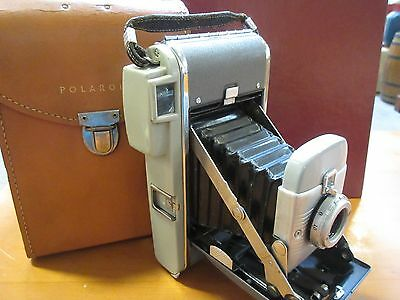 Vintage Polaroid Land Camera With Carry Case