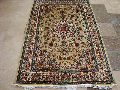 Wow Beige Ivory Flowers Medallion Lovely Hand Knotted Rug Wool Silk Carpet 6X4