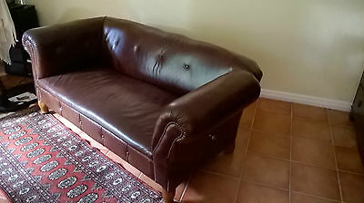 Chesterfield style drop-end large two-seater sofa