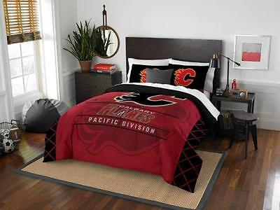 Calgary Flames - 3 Pc FULL / QUEEN SIZE Printed Comforter / Sham Set
