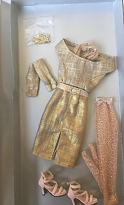 Tonner/Tyler Antoinette/Cami/Jon/  DECADENCE OUTFIT  NRFB Beautiful gold dress