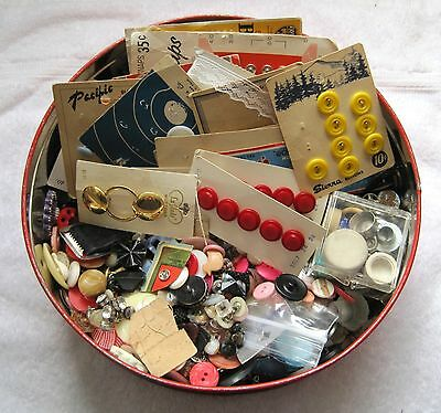 Fresh From an Estate Sale Grandma's Button Tin Box FULL!  Over 3 Pounds Buttons
