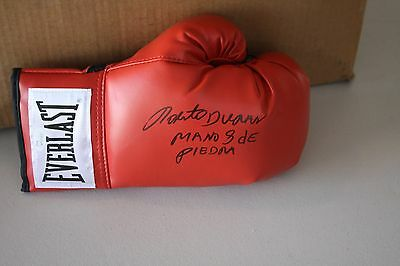 "Roberto Duran Signed Everlast Boxing Glove ""hand Of Stone"" Jsa Witness Inscript"