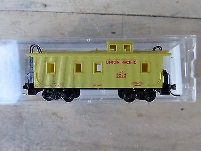 N MTL Micro Trains #50100 Union Pacific 34' wood-sheathed Caboose R/N #3232