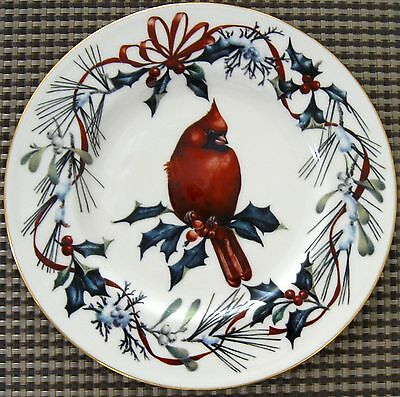 Set of 4 Lenox Winter Greeting 9 3/8 inch Luncheon Plates