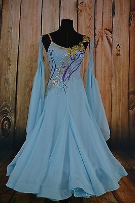 smooth ballroom dance competition dress size 10/12 ice blue