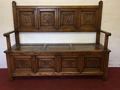 Fantastic Carved Golden Oak Settle/seat/bench